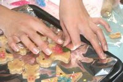 画像1: 8月24日(土)13時00分〜犬山市 30歳代後半40歳代中心  (年代超えOK) お菓子の城 クッキー作り料理体験婚活&ケーキバイキング&ハーブ摘み体験 〜男性用